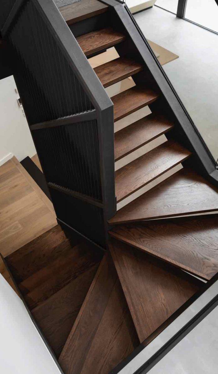 designed-stairs-UTEWJ5Y.jpg